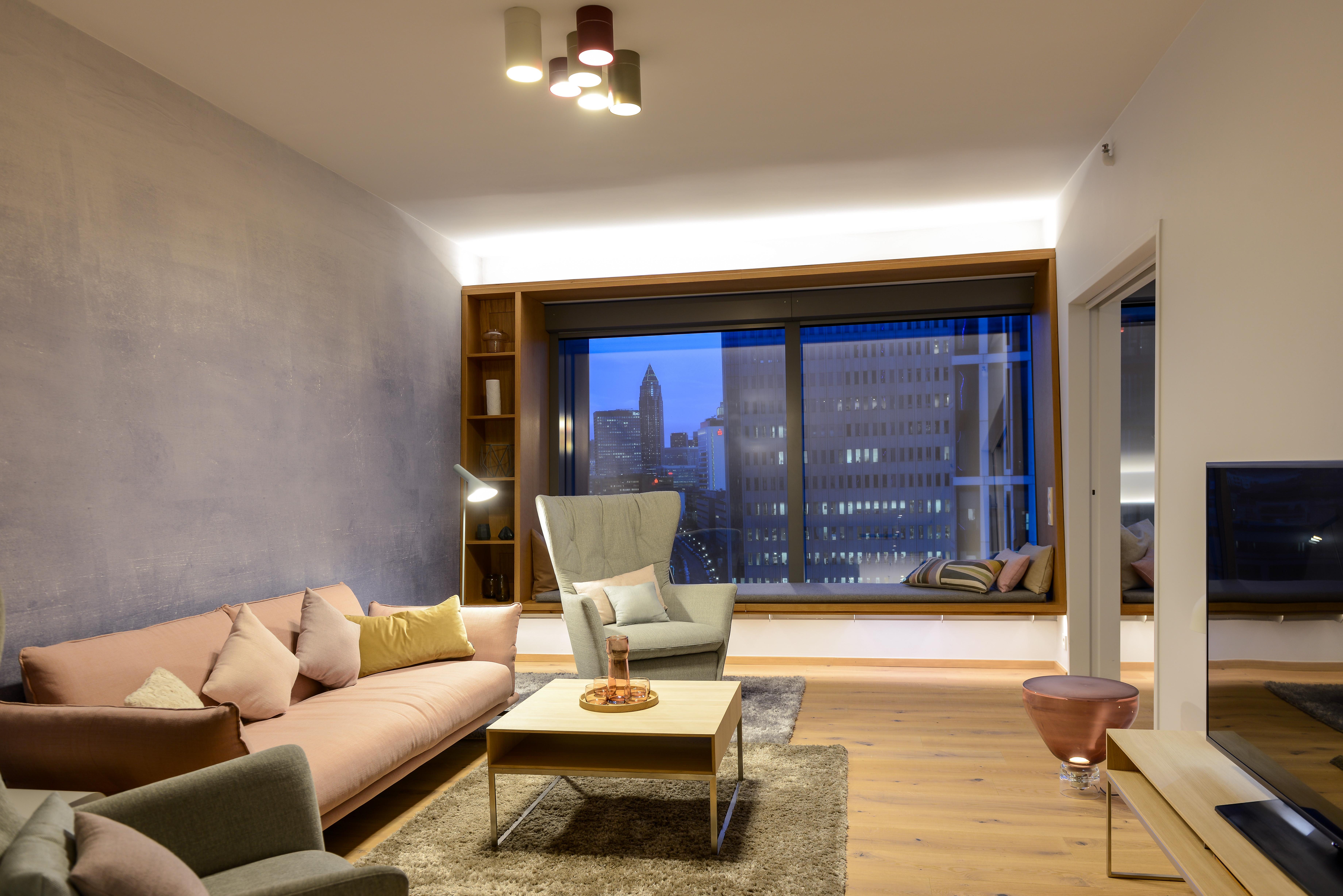 Beleuchtung Der Trendsuiten Im Radisson Blu Hotel, Frankfurt: Moderne  LED Technologie Trifft Interior